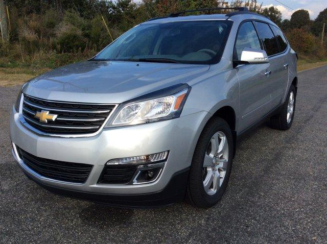 NEW 2017 CHEVROLET TRAVERSE FWD 1LT on Special