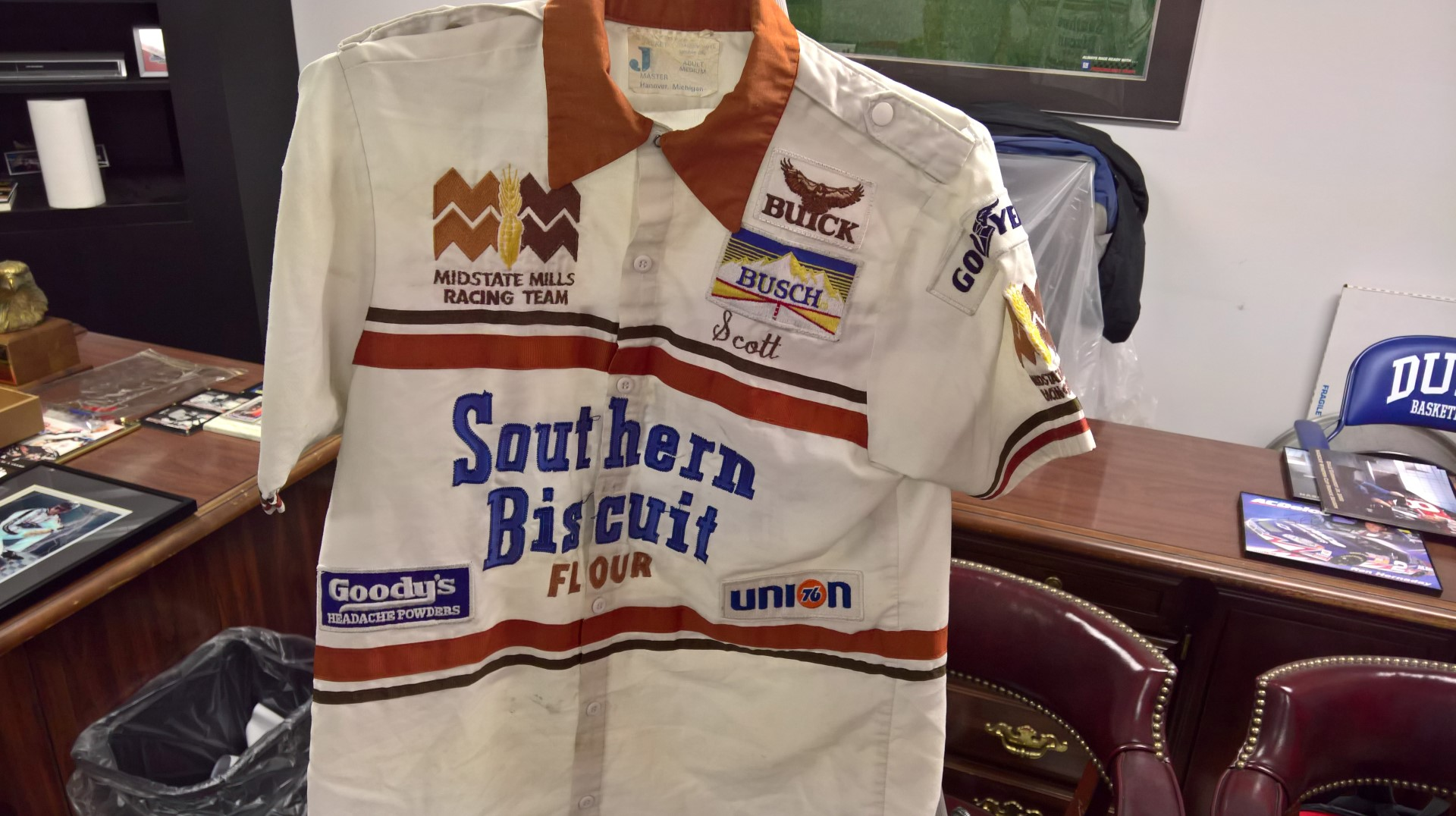 Southern Biscuit Flour Pit Crew Shirt